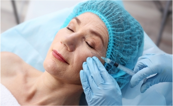 Aesthetic Dermal Fillers pump and smooth the skin, adding volume and creating the appearance of a visible lift.