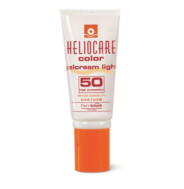 Heliocare Gelcream Light SPF50 offers a made-up look, covers imperfections and at the same time offers an antioxidant and restorative high photoprotection.